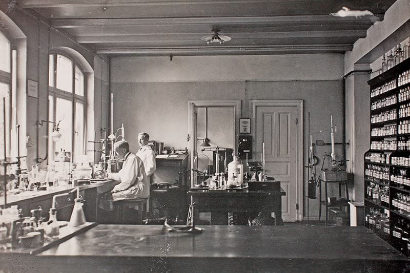 Beiersdorf Research Lab 1914